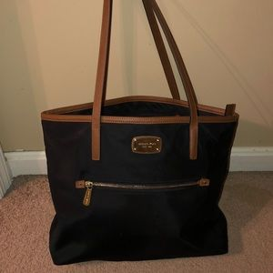 Michael Kors nylon bag! In great condition